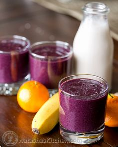Velvety Blueberry Smoothie Recipe, just got a magic bullet blender. Magic Bullet Smoothies, Magic Bullet Recipes, Recipe Magic, Nutribullet Recipes, Blender Recipes, Vegan Recipes, Shake Recipes, Jelly Recipes, Breakfast Smoothies