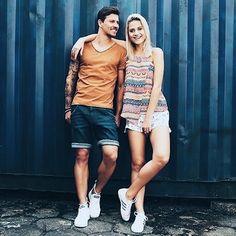 Hey galera  a partir de hoje estarei postando looks com casais em especial ao Dia dos namorados  que está se aproximando. Olhem  esses looks da @damyller nas cores atuais da temporada : camelo  azul marinho e terracota. Inspire - se ! #good #afternoon #sunday #valentineday #lookdodia #casal #ootd #winter #cores #moda #fashion #style #cool #damyller #dicas #diadosnamorados #blogger #cuiaba #instagod #20likes #likeforlike #follow by jairmarquues