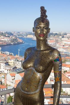First Equatorial Guinea Bodypainting Festival Amazes The World With Spectacular Living Artworks Female Body Paintings, Female Art, African Tribal Girls, Art Afro, World Hair, Mannequin Art, African Sculptures, Foto Real, Black Girl Art