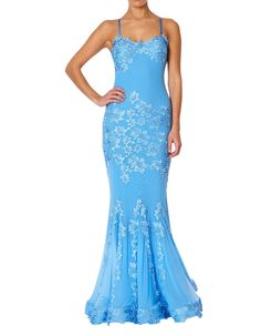 We love the floral lace applique detail on this Porsia Dress from Forever Unique. The mermaid tail maxi dress has criss-cross straps, sweetheart neckline and scooped backless panel. Unique Dresses, Blue Dresses, Prom Dresses, Formal Dresses, Fishtail Maxi Dress, Forever Unique, Floor Length Dresses, Occasion Wear, Lace Applique