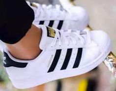 SuperStar unisex toate marimile Adidas Superstar, Adidas Sneakers, Kpop, Unisex, Shoes, Fashion, Moda, Zapatos, Shoes Outlet