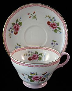 Shelley Teacup Rose And Red Daisy Henley England (Image1)