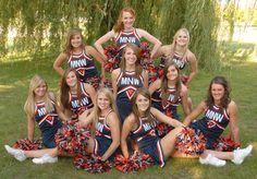 New sport photography cheerleading team pictures ideas Cheerleading Picture Poses, Cheer Picture Poses, Cheer Poses, Picture Outfits, Picture Ideas, Dance Team Pictures, Cheer Team Pictures, Football Team Pictures, Football Poses