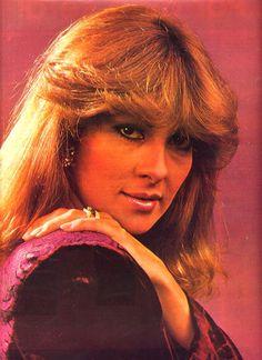 Hilda Elvira Carrero. En el 1973 la organización de Miss Venezuela la invitó a participar en el certamen de belleza, representando al estado Táchira. Ganó el cuarto lugar, lo que le permitió representar a Venezuela en el concurso Miss Internacional en Japón, donde quedó entre las 15 mujeres más bellas del mundo.