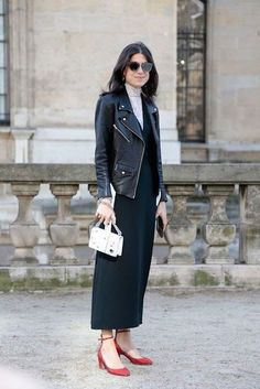 Street Style, Paris Fashion Week: 26 snaps of the boldest pops of colour outside the shows Leandra Medine, Paris Fashion, Love Fashion, Style Fashion, Fashion Mode, Fashion 2020, Fashion Trends, Fall Inspiration, All Star Branco