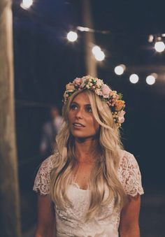 good crown. If lighter color flowers are what's available i like this look