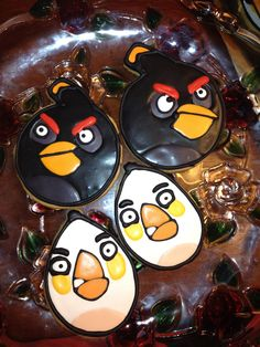Black and White Angry Bird Cookies