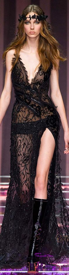 Atelier Versace Fall/Winter 2015-16 #Haute #Couture ♔ Très Haute Diva ♔ For the entire collection visit my website http://www.treshautediva.com/