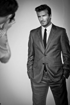 Love a guy in a suit. Really love Beckham in a suit!