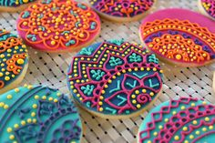 Custom lace sugar cookies are made to order and can be customized with any colors. --------------------------Instructions for Ordering-------------------------- Comments: Use the comments box to let me know when you need the cookies by and what colors you would like. Quantity: