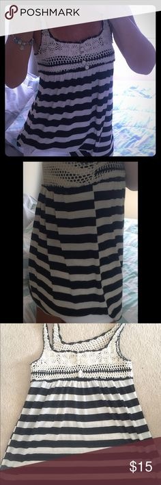 """Papaya top S Cute black and cream striped, flowy Papaya top with crotchet detail across chest, back, and on shoulder straps. Stretchy material. 23.5"""" long and 14"""" across the chest feel free to make offers ! Papaya Tops"""