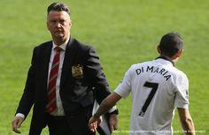 AKARPADINEWS.COM | MANAJEMEN Manchester United (MU) akhirnya memecat Louis van Gaal. Keputusan itu menjadi pil pahit bagi pelatih asal Belanda itu setelah dirinya berhasil mempersembahkan Piala FA, Sabtu (21/5)