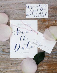Classic Wedding, Handletterin, Hochzeitseinladung, Schreibschrift, blau, Save-the-Date, romantisch, schlicht, modern