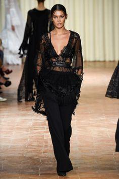 Sfilata Alberta Ferretti Milano - Collezioni Primavera Estate 2017 - Vogue