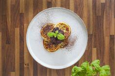 Máte rádi sladké, ale hlídáte si štíhlou linii? Připravte si proteinové lívance trochu jinak. Zdravé, vynikající, za pár minut hotové. Oblizovat se budete až za ušima. Avocado Toast, Nutella, Tacos, Eggs, Breakfast, Ethnic Recipes, Food, Morning Coffee, Egg