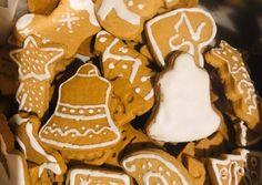Puha Bögrés Mézes🍯 | horsika88 receptje - Cookpad receptek Gingerbread Cookies, Sugar, Desserts, Food, Gingerbread Cupcakes, Tailgate Desserts, Deserts, Eten, Postres