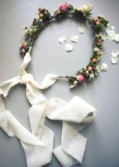 Une couronne de fleurs pour un style kinfolk