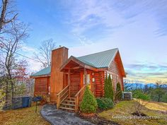 Gatlinburg co-exists with the Smoky Mountains so well that this 1-bedroom luxury vacation cabin is actually in Gatlinburg, but tucked away with a secluded deck and great views of the Smoky Mountains