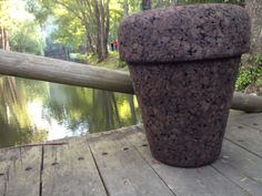 POT stool made with expanded cork