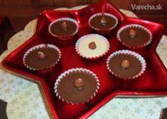Šuhajdy s karamelovou náplňou (fotorecept) - recept Christmas Baking, Cheesecake, Muffin, Food And Drink, Xmas, Sweets, Cookies, Breakfast, Advent