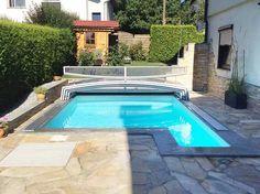 Pool In Kleinem Garten Mit Schwimmbadüberdachung