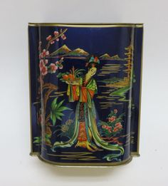 Vintage-DAHER-Chinese-Asian-Japanese-Metal-Cookie-Tea-Tin-Made-in-England
