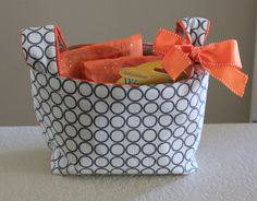 2nd Story Sewing: Baby Gifts with link to tutorial