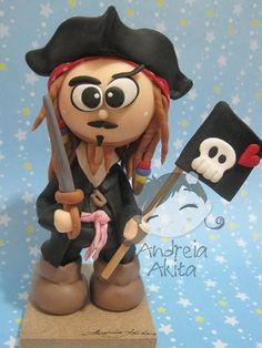 Pirates of the Caribbean, Captain Jack Sparrow, #polymerclay #cake #toppers.   Capitão Sparrow - Piratas do Caribe | Andreia  Akita | 170AA1 - Elo7