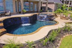 600 Sq Ft Pool Spa Combo With Custom Stepping Stone