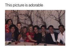 Riverdale squad gooooaaaals Lili and Cole Cami and Charles Riverdale Quotes, Bughead Riverdale, Riverdale Funny, Riverdale Wallpaper Iphone, Riverdale Betty And Jughead, Lili Reinhart And Cole Sprouse, Demon Eyes, Riverdale Cole Sprouse, Riverdale Characters