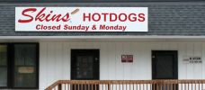 Skins' Hot Dogs   Famous Hotdogs of the South  