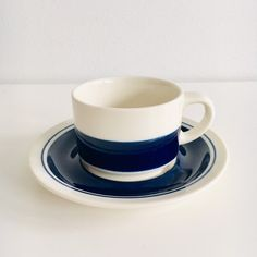 """Hand printed vintage Arabia Finland ceramic dark blue coffee cups with saucers named """"Kasino"""" by Göran Bäck 1970s - Made in Finland"""