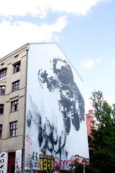 Astronaut graffiti in Kreuzberg Berlin