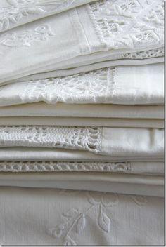 linens  lace