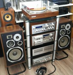 Vintage Audio Love — Headphones Or Speakers ? Hifi Audio, Audio Speakers, Pioneer Audio, Audio Rack, Hi Fi System, Music System, Tape Recorder, Record Players, High End Audio