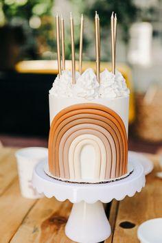 Pretty Cakes, Cute Cakes, Beautiful Cakes, Cute Birthday Cakes, Rainbow Birthday Party, Birthday Ideas, Birthday Design, Birthday Nails, Birthday Wishes