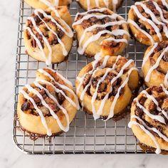 Raisin Pecan Morning Rolls / 27 Delicious Gluten-Free Breakfast Pastries (via BuzzFeed)