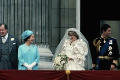 (Original Caption) Queen Elizabeth joins the Prince and Princess of Wales on a Buckingham Palace balcony following their London wedding. (Photo by � Wally McNamee/CORBIS/Corbis via Getty Images) via @AOL_Lifestyle Read more: https://www.aol.com/article/entertainment/2017/03/30/old-photos-princess-diana-prince-charles-viral/22019148/?a_dgi=aolshare_pinterest#fullscreen