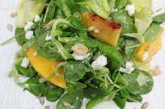 Salad Bar, Seaweed Salad, Ethnic Recipes, Food, Eten, Meals, Diet