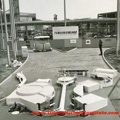 The New Tomorrowland of 1967 in model form and under construction. Walt Disney History, Walt Disney Co, Old Disney, Disney Magic, Disneyland History, Disney Rides, Disney Stuff, Disneyland Secrets, Disneyland Resort
