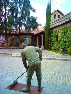 Foto de riselo: Barrendero de Torrelodones (Madrid) - estatuas callejeras