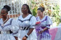 Welcome to the third week of Brides From Africa. I'm excited to showcase brides from Zambia. Zambia is a southern African country surrou. African Attire, African Fashion Dresses, African Dress, African Print Shirt, African Countries, Traditional Dresses, Brides, Spice, Relationships