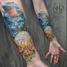 Illustration-tattoo on forearm by Natasha Animal Small Girl Tattoos, Love Tattoos, Beautiful Tattoos, Body Art Tattoos, Cheshire Cat Tattoo, Chesire Cat, Spooky Tattoos, Wicked Tattoos, Alice In Wonderland Tattoo Sleeve