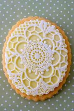 Adventures in Sugarland: Lemon and Lace Cookies with Butterflies