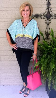 Beautiful stitch fix summer style for women over choc outfits for a 60 year old women - yahoo search results. Mature Fashion, Over 50 Womens Fashion, 50 Fashion, Fashion Over 40, Women's Summer Fashion, Fashion Outfits, Fashion Tips, Fashion Design, Fashion Trends