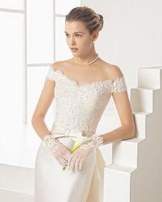 ORIENTE traje de novia de costura de mikado con cuerpo de encaje y pedrería.