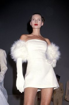 Kate Moss, Isaac Mizrahi 1994  Via Tumblr:  kate, jam & diamonds