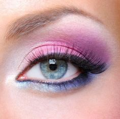 Eye Make-up With Bright Colors
