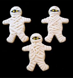Mummy Sugar Cookies - I want to use Royal Icing instead of MMF.
