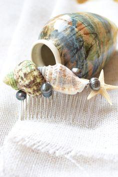 Real Black Pearls hairpiece-Beach wedding Hair by YarinkaHobbie